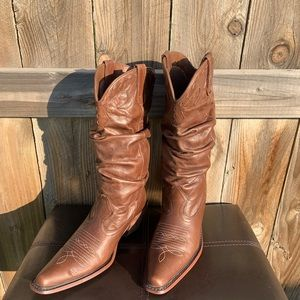 Steve Madden Saddle Cowgirl boots embroidered Sz6
